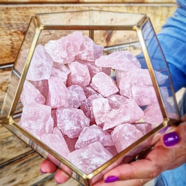 Terariu cu cristale brute - Cuart Roz
